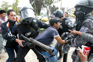 20070826152544-protestas.jpg