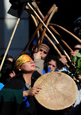 20091002231513-mapuches.jpg