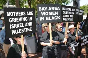 20071028201302-women-in-black.jpg
